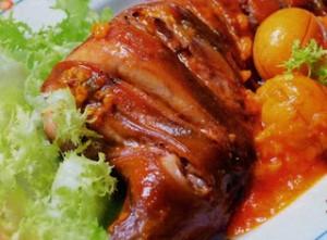 Thịt thỏ với trứng gà