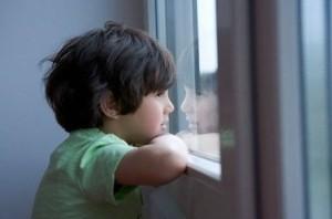Trẻ tự kỉ