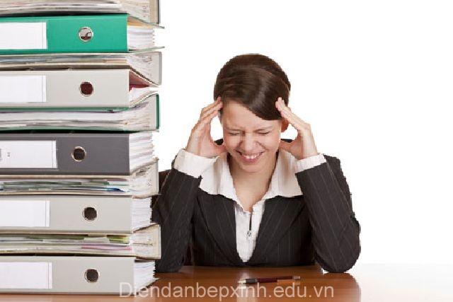 Làm gì để chống mệt mỏi hiệu quả cho dân văn phòng dịp cuối năm?